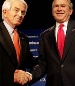 U.S. Chamber of Commerce CEO Thomas Donohue with former Pres. Bush